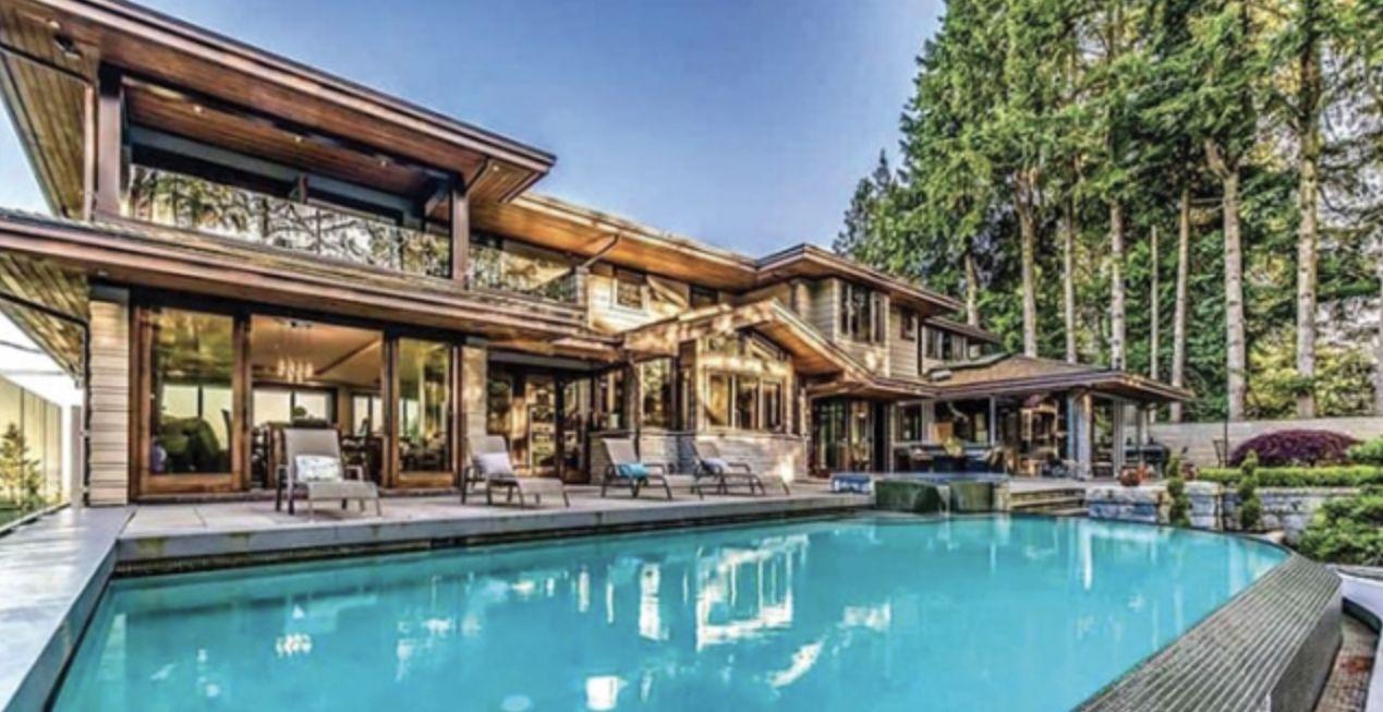温哥华700万豪宅购买失败,十万押金退不回来,怒诉华人卖家