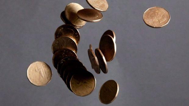 加拿大房奴压力大,每个月又要多付7.5%的利息钱!