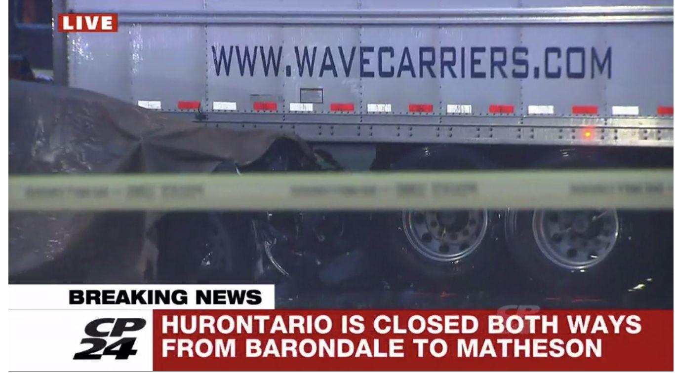 密市今早发生车祸,两人死亡,401高速男子追尾货车受重伤,多地封路