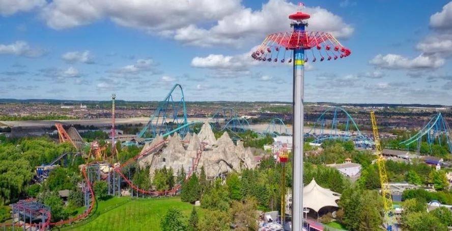想免费游玩Wonderland吗?游乐场大规模招聘!4,000个职位等你!