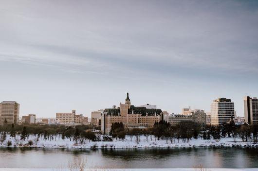CREA数据:加拿大主要房产市场中,买方市场一个都没有