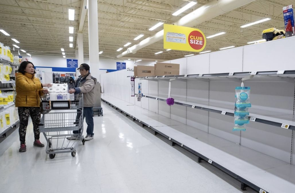 加拿大超市:大家不用抢购!我们供应充足!但是洗手液和卷纸就不一定…